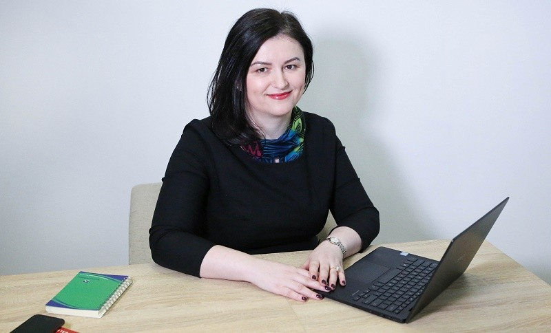 Ioana Arsenie, Consultant de Business
