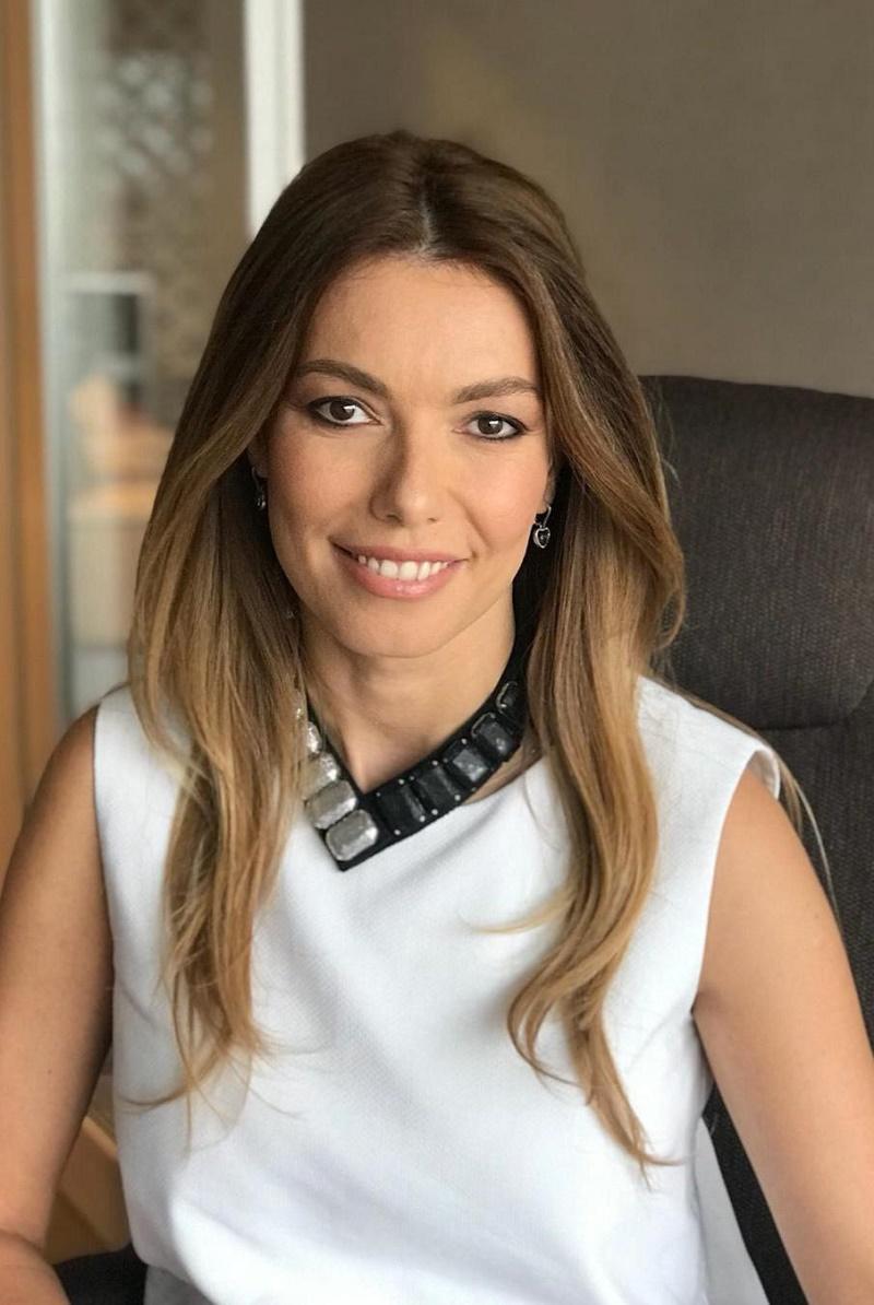 Andreea Minuta, Director Corporate REGINA MARIA
